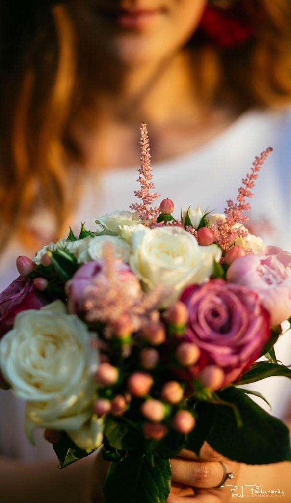 sedinta foto logodna micleuseni buchet logodna paul padurariu fotograf nunta iasi