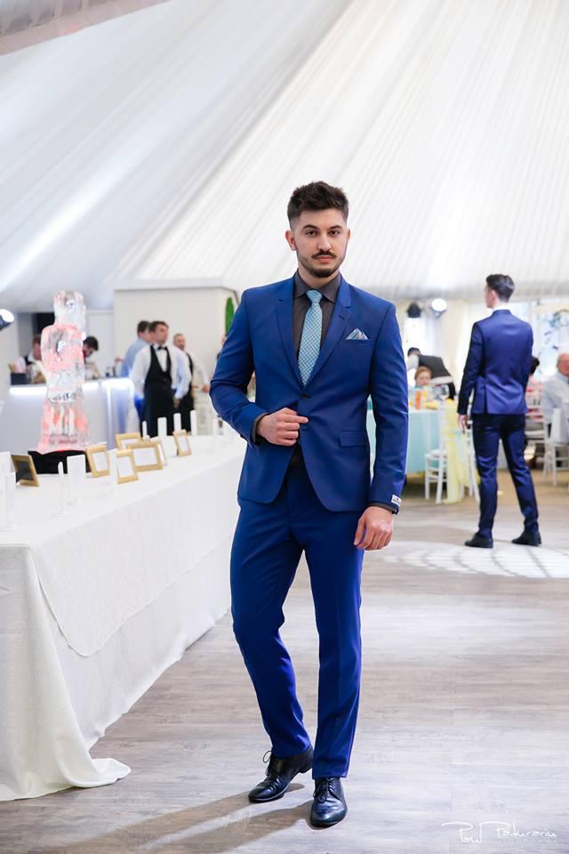Prezentare costum mire elegant de zi Seroussi Iasi Ceremony Summer 2018 la Elysium Events fotograf profesionist Paul Padurariu