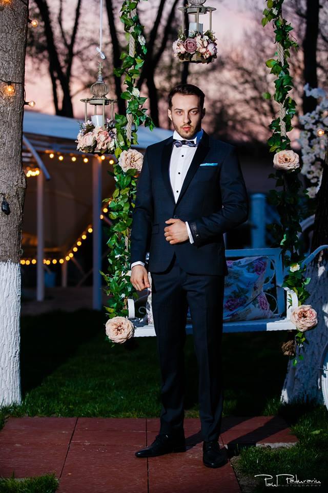 Prezentare costum mire elegant cu papion Seroussi Iasi Ceremony Summer 2018 la Elysium Events fotograf profesionist Paul Padurariu