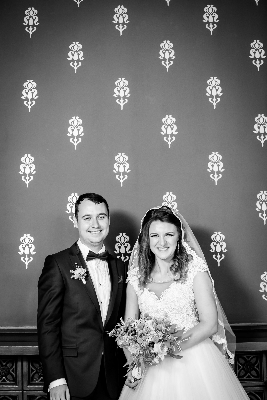 Alexandra si Vlad sedinta foto nunta Palatul Culturii Iasi - fotograf profesionist de nunta iasi 2 www.paulpadurariu.ro © 2017 Paul Padurariu