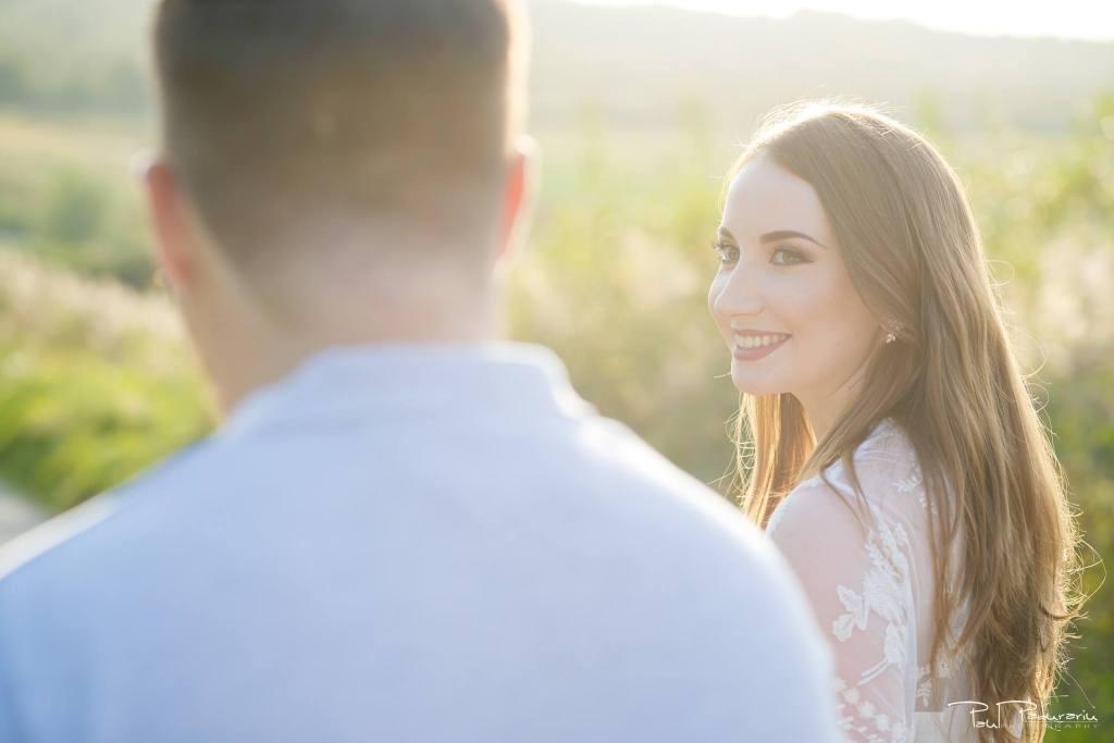 Larisa si Vlad sedinta foto de logodna Iasi - fotograf nunta Iasi Paul Padurariu 3