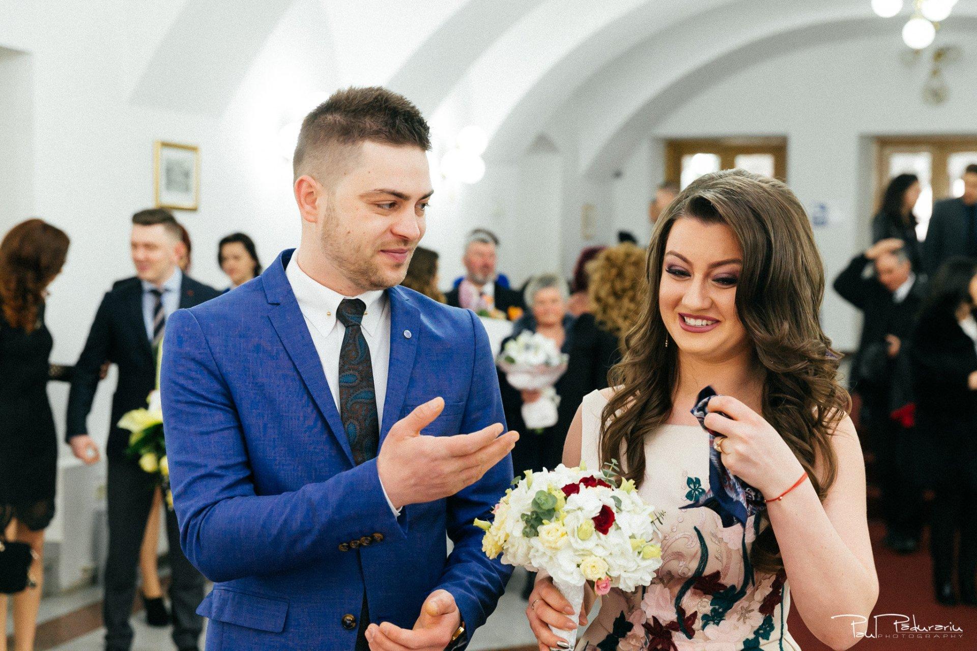 Emotii Ariadna si Iulian cununie civila fotograf nunta Iasi www.paulpadurariu.ro © 2017 Paul Padurariu