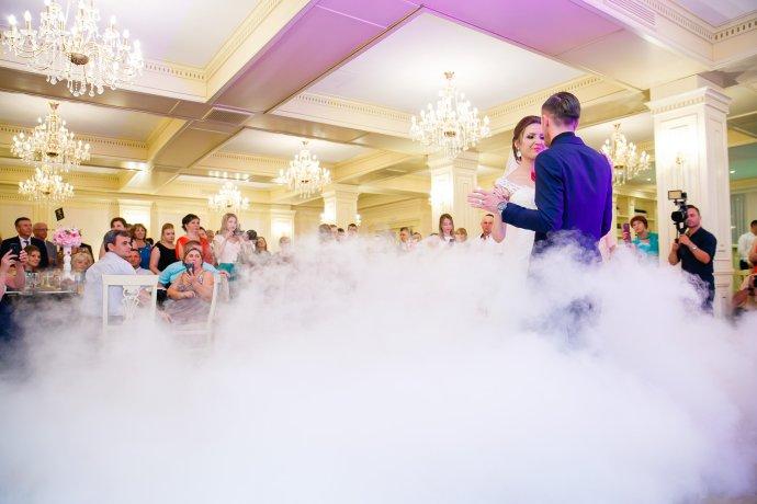 Loredana si Ciprian dansul mirilor fotograf profesionist nunta Iasi www.paulpadurariu.ro © 2017 Paul Padurariu
