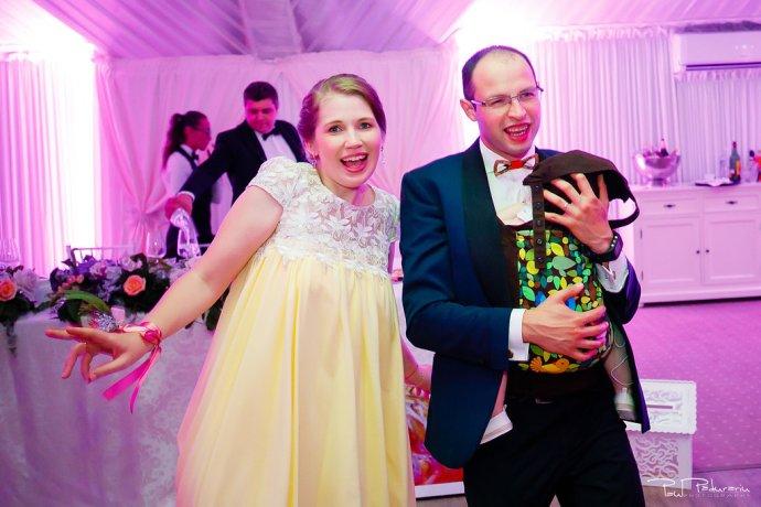 Ioana si Adi nuntă la Elysium Iași petrecere www.paulpadurariu.ro fotograf profesionist de nunta Iasi Paul Padurariu 13
