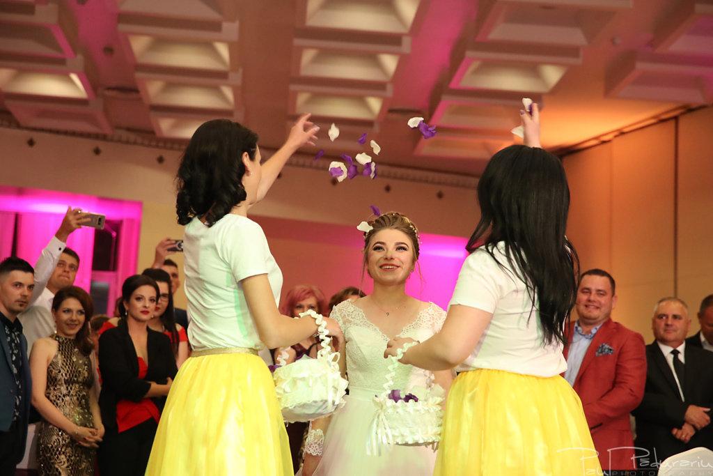 Georgiana si Daniel dansul mirilor nunta la Grand Hotel Traian Iasi paul padurariu pregatiri miri www.paulpadurariu.ro 2