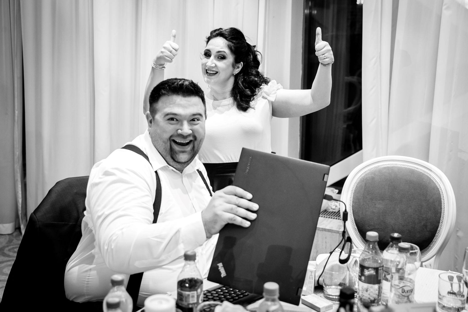 Larisa si Vlad - Nunta la Unirea - fotograf nunta iasi | fotograf profesionist Paul Padurariu 14