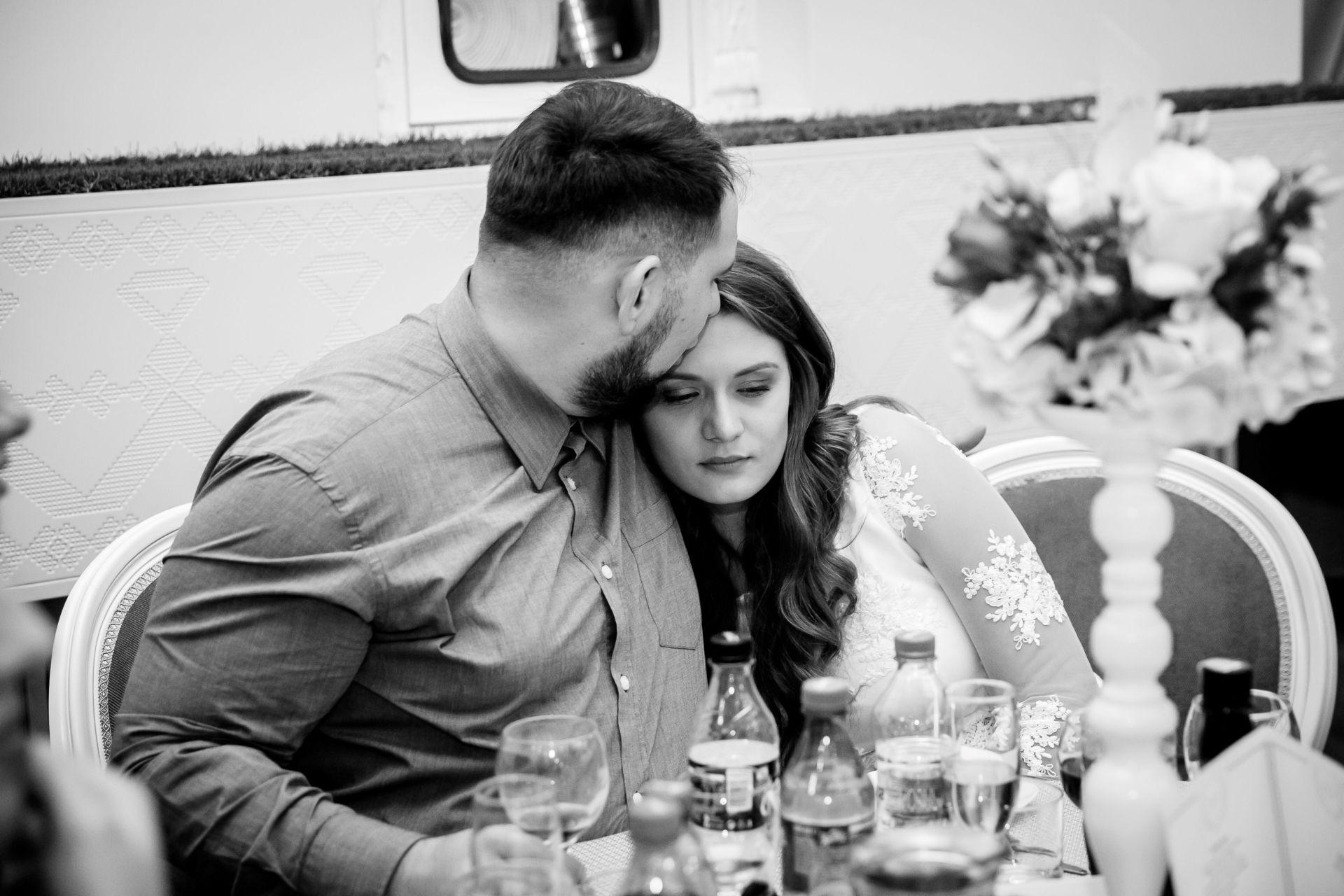 Larisa si Vlad - Nunta la Unirea - fotograf nunta iasi | fotograf profesionist Paul Padurariu17