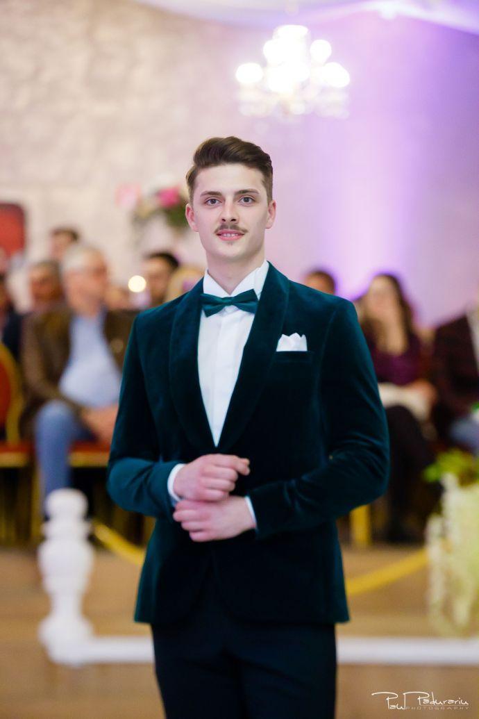 Seroussi | Producător și distribuitor de costume bărbătești colectia 2019 - costum mire - paul padurariu fotograf nunta iasi www.paulpadurariu.ro 12
