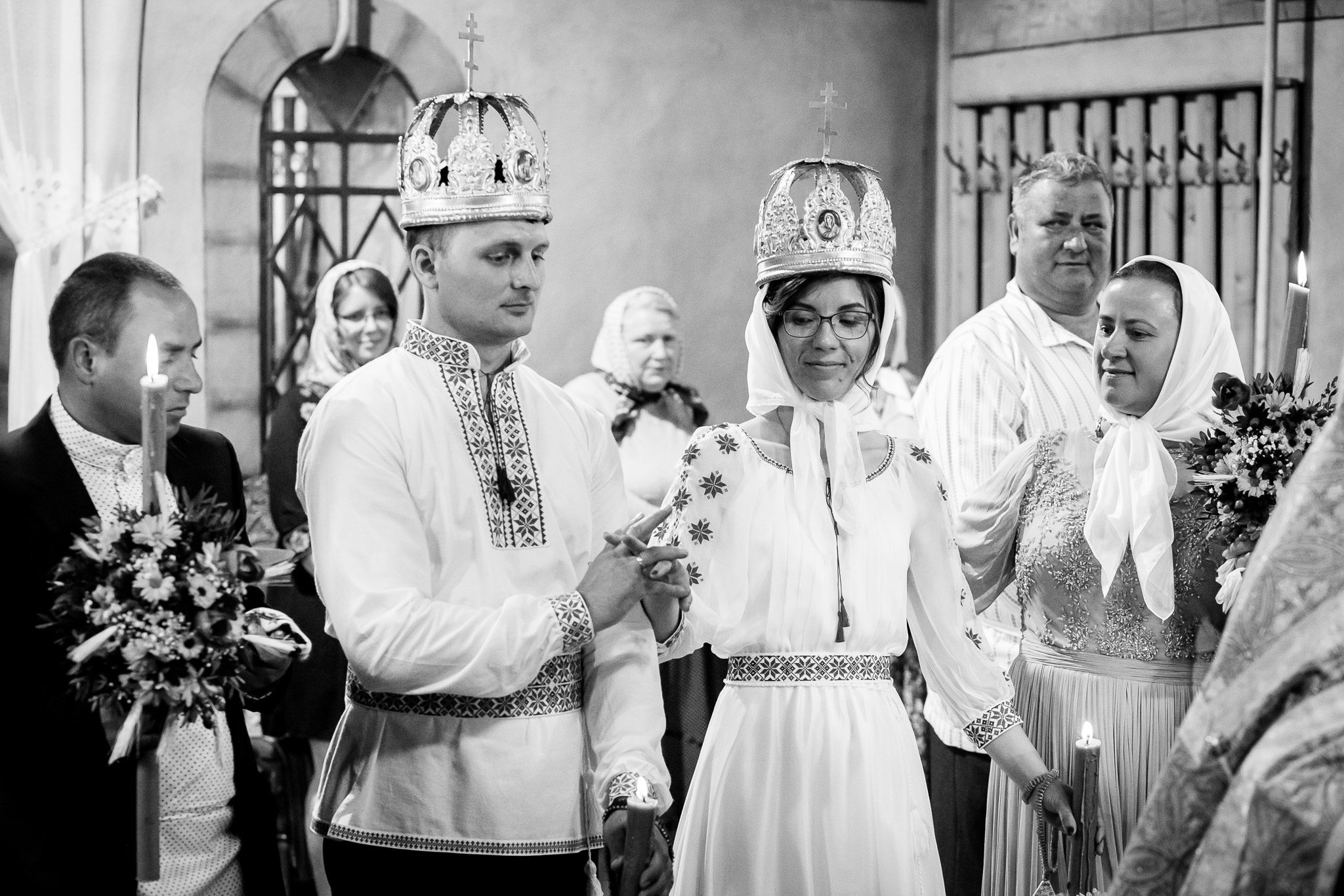 Nuntă tradițională Elisabeta și Alexandru fotograf profesionist nunta Iasi www.paulpadurariu.ro © 2018 Paul Padurariu fotograf de nunta Iasi cununia religioasa 5