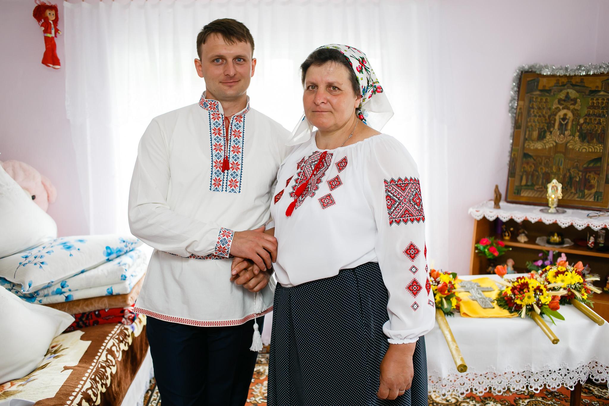 Nuntă tradițională Elisabeta și Alexandru fotograf profesionist nunta Iasi www.paulpadurariu.ro © 2018 Paul Padurariu pregatiri miri 3