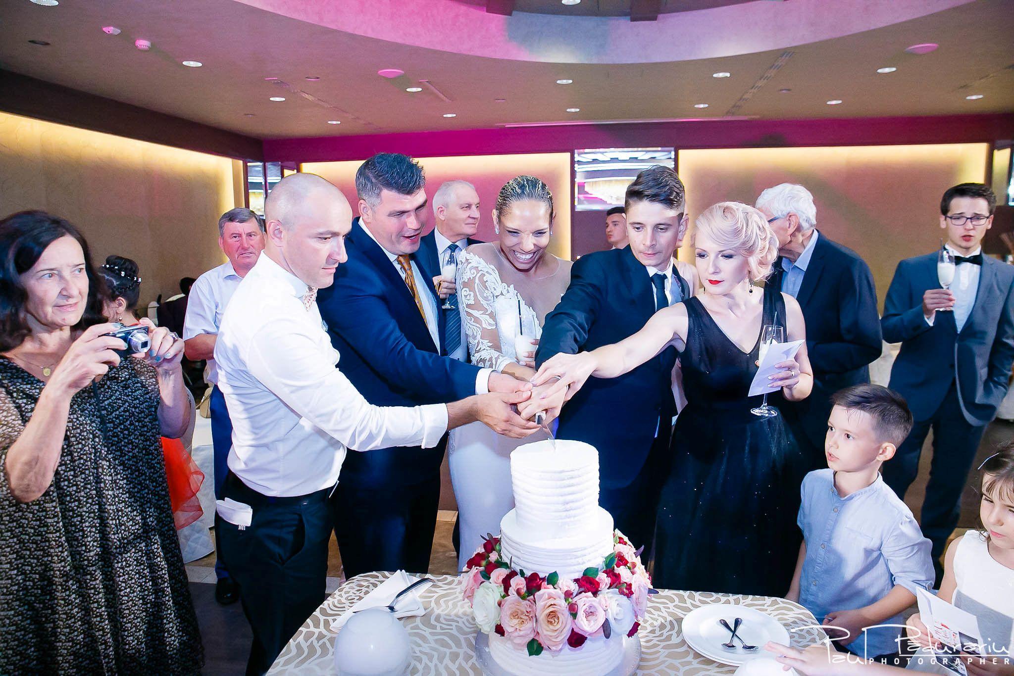 Andrei si Michaela petrecere miri nunta Congress Hall Iasi | fotograf nunta Iasi Paul Padurariu 15