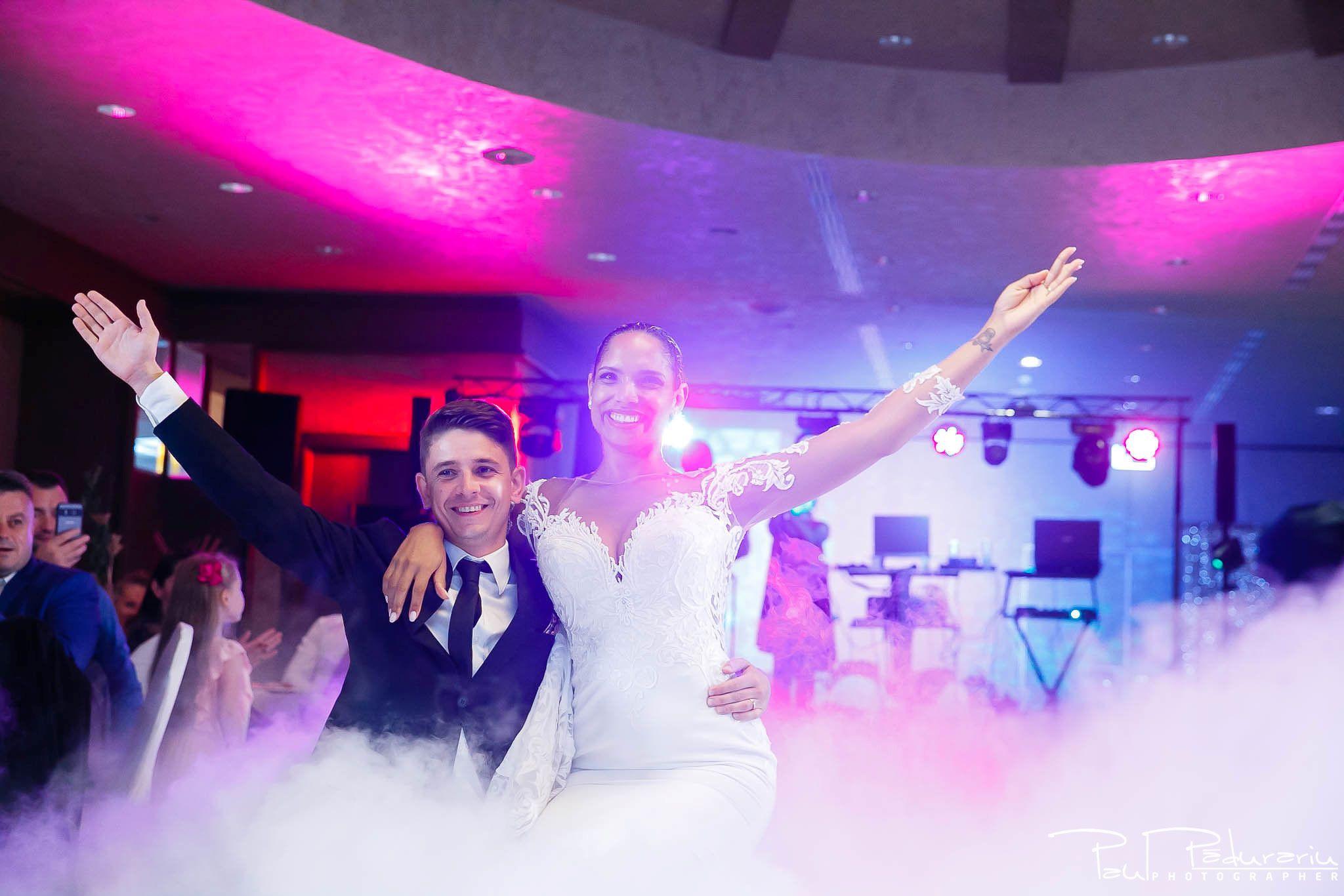Andrei si Michaela petrecere miri nunta Congress Hall Iasi | fotograf nunta Iasi Paul Padurariu 5