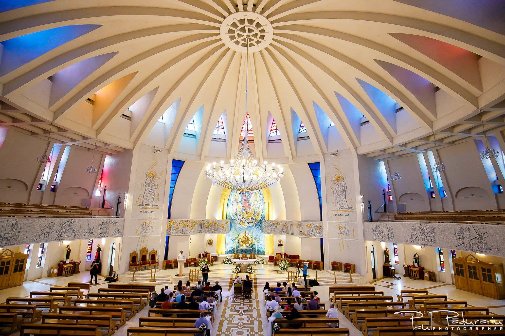 Andrei si Michaela cununia religioasa Catedrala Sfanta Fecioara Maria, Regina | fotograf nunta Iasi Paul Padurariu 7