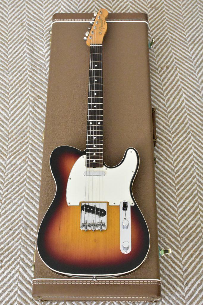 Fender AVRI 62 Custom Telecaster SB