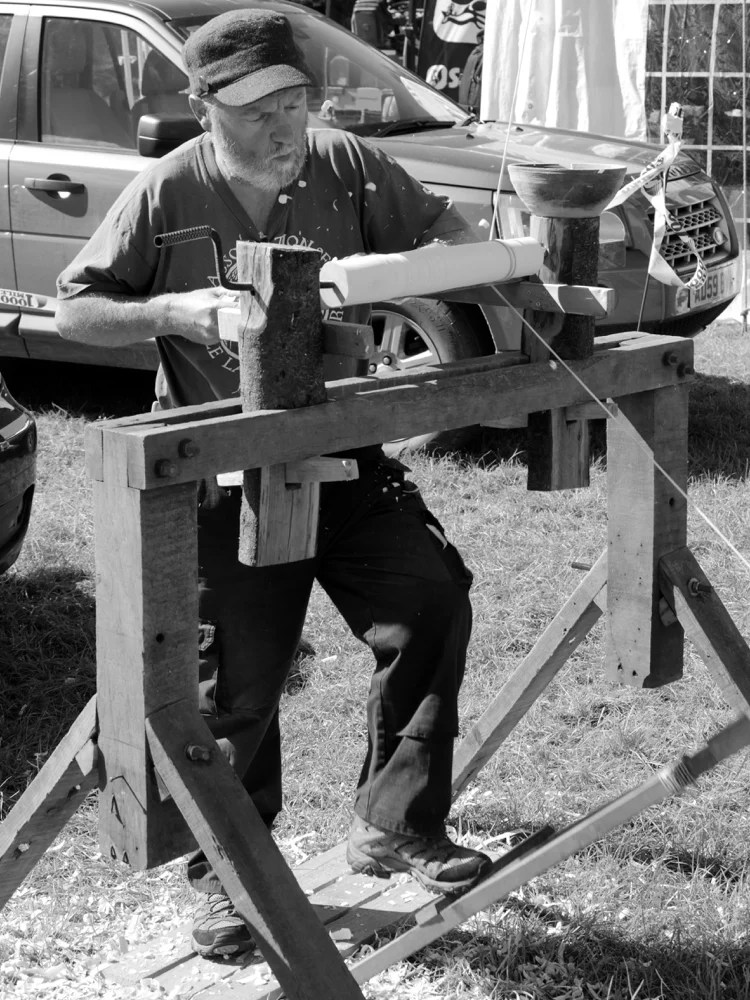 The loneliness of the long distance pole lathe turner. There were lots of them at the show.