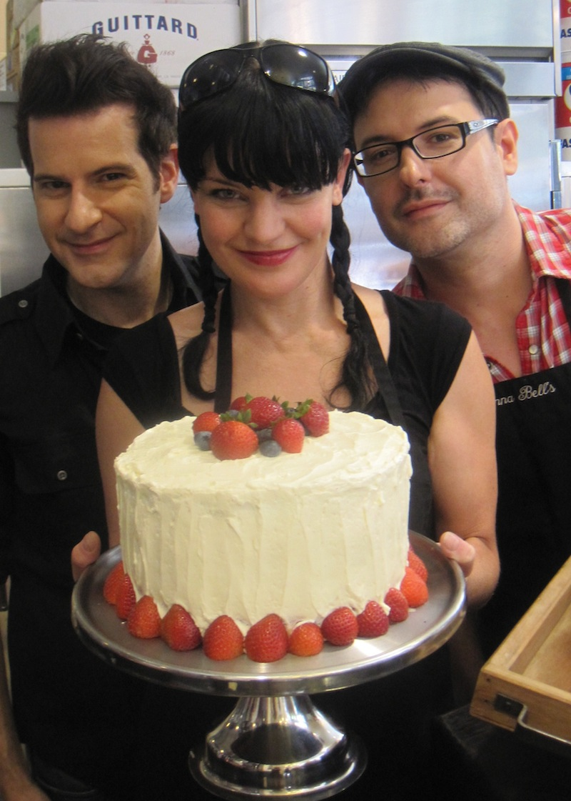 Pauley Perrette baker