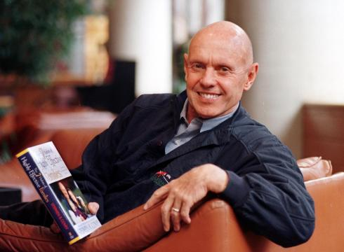 7-Habits-author-Stephen-Covey-dies-at-79-EO1SD9V0-x-large