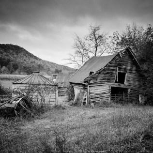 Old log horse barn in Blairsville GA