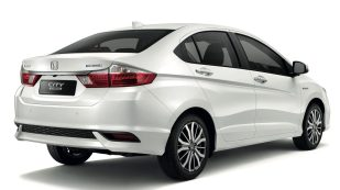 03 The New City Hybrid maintains the City's large boot space at 536L (1)