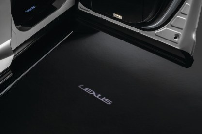 Welcome light- Lexus RX300 Se