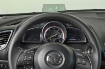 004_2014_Mazda3_Active_Driving_Display