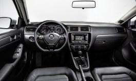 2015_Volkswagen_Jetta_facelift_09