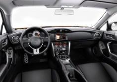 Toyota_GT86_2015_update_Europe_03
