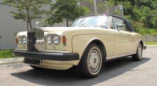1983-Rolls-Royce-Corniche-Convertible