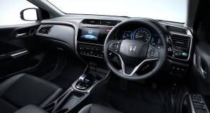 Honda_Grace_Honda_City_Hybrid_07