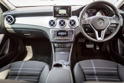 Mercedes-Benz GLA 200 (15)