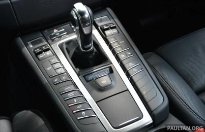 Porsche Macan drive 32