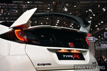 Honda Civic Type R Geneva Live 34