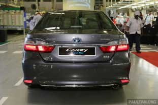 Toyota Camry Hybrid Line Off 44