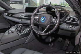 bmw-i8-showroom 36