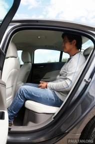 jaguar-xe-20d-auto 1354