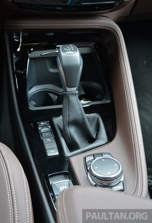 F48 BMW X1 Review 59