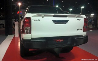 Toyota Hilux TRD Sport Offroad-03