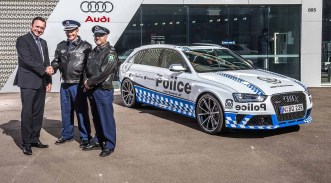 2015_audi_rs-4_police-car_nsw_05