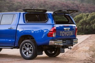 2016-toyota-hilux-genuine-accessories-08