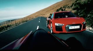 Audi R8 V10 Plus vs Ducati screenshot-02