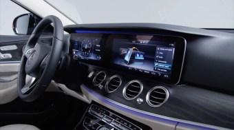 W213 Merc E-Class shows new key fob, display visuals