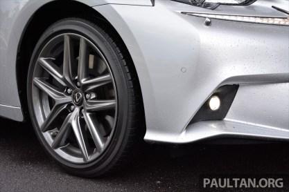 Lexus IS 200t Review 3