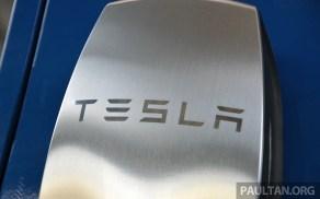Tesla Model S 85 drive-69