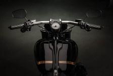 2016 Harley-Davidson - 16-hd-cvo-pro-street-breakout-3-large