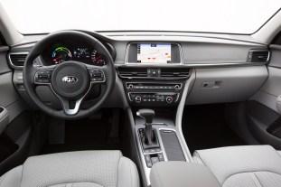 Kia Optima Plug-in Hybrid - Interior 1