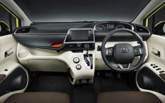 Toyota-Sienta-5-e1456213279693