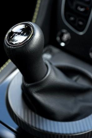2017 Aston Martin V12 Vantage S-11