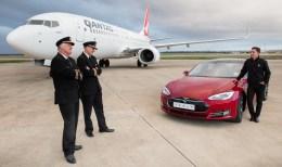 Tesla Model S versus Qantas Boeing-04