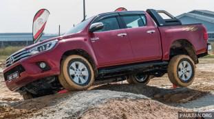 2016-Toyota-Hilux-51