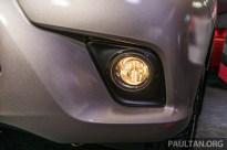 2016-Toyota-Hilux-9-1_BM